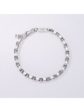 MABINA MAN BRACELET WITH SMOOTH OVAL LINKS IN BURNISHED SILVER