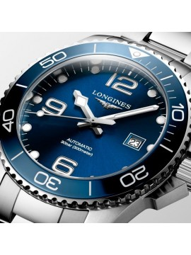 LONGINES HYDROCONQUEST STAINLESS STEEL WATCH WITH BLUE DIAL
