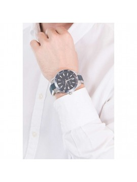ARMANI EXCHANGE STAINLESS STEEL WATCH SILVER AND BLUE SHADES